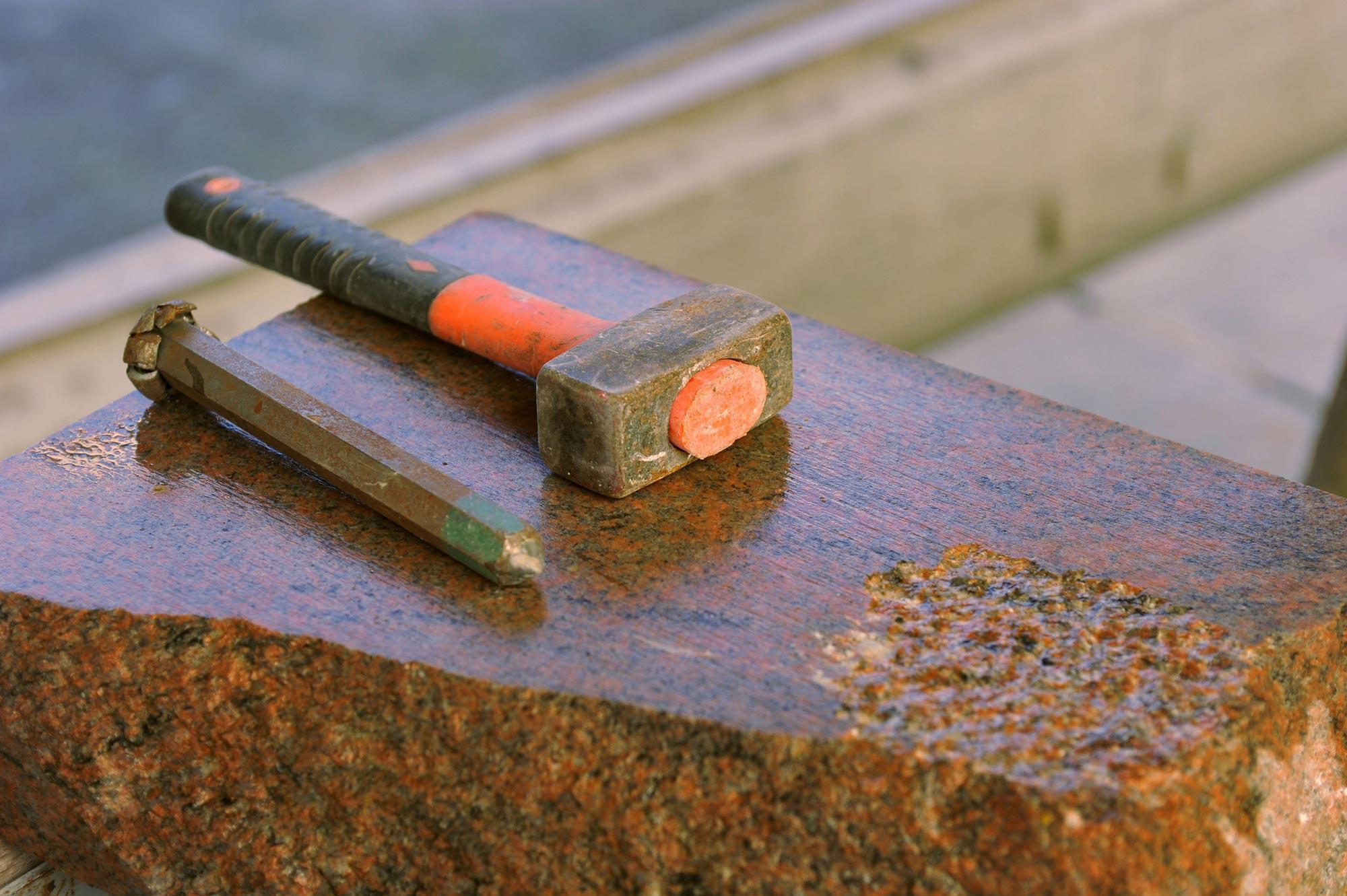 Lavorazione artigianale marmi e graniti